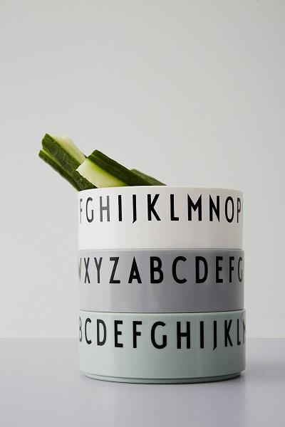 Skåle  - breakfast - dinner - lunch - tre skåle i tritan mint fra Design Letters