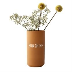 Favorit vase SUNSHINE i gul fra Design Letters