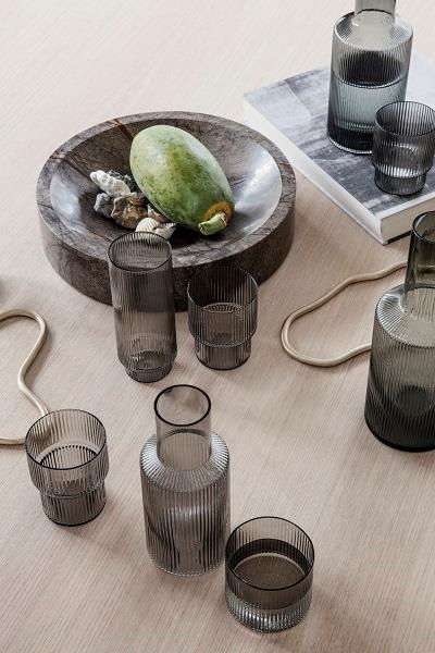 Ripple smoke glas fra Ferm Living