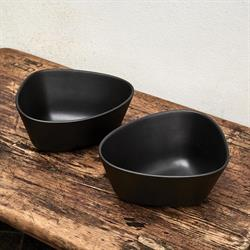 Stoneware skål medium sort (2 stk) fra LindDNA